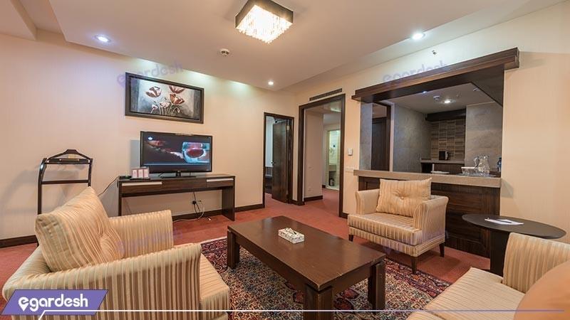 سوئیت رویال هتل پارسیان