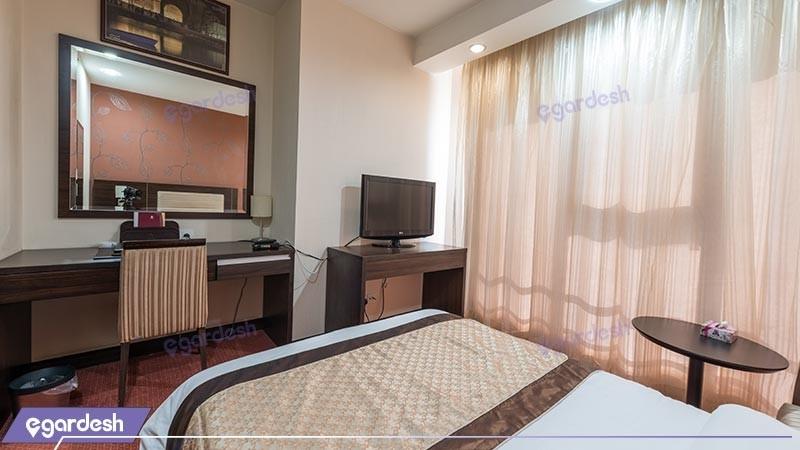 اتاق یک تخته هتل پارسیان