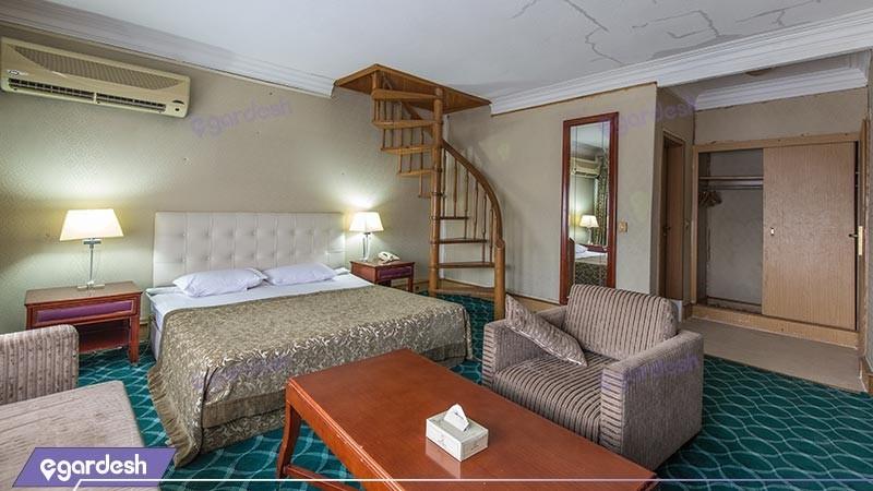 سوئیت دوبلکس هتل آنا