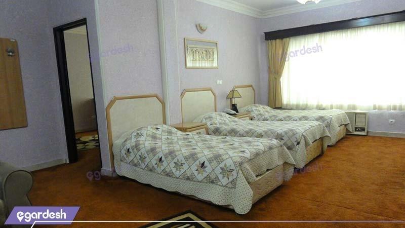 سوئیت پنج نفره هتل آریان کیش