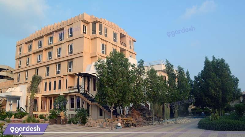 نمای ساختمان هتل گاردنیا