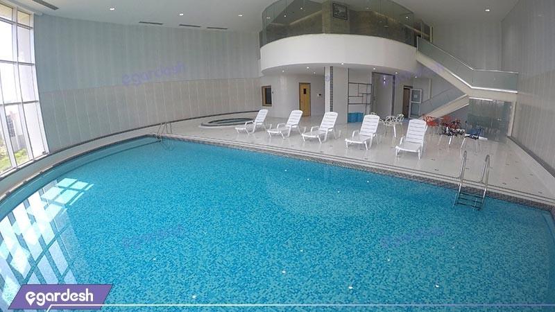 استخر هتل بین المللی کیش