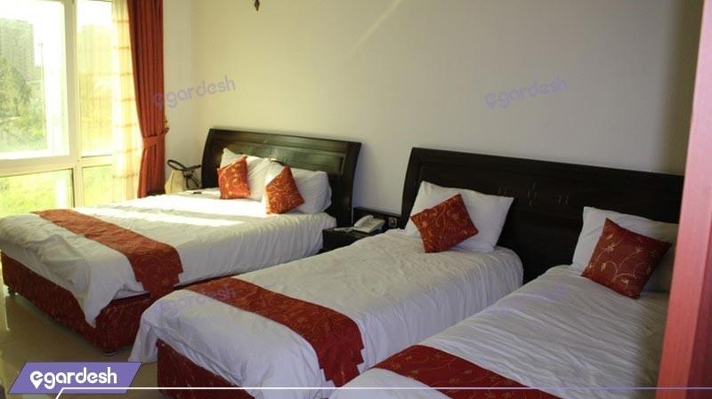 اتاق چهار تخته هتل لوتوس