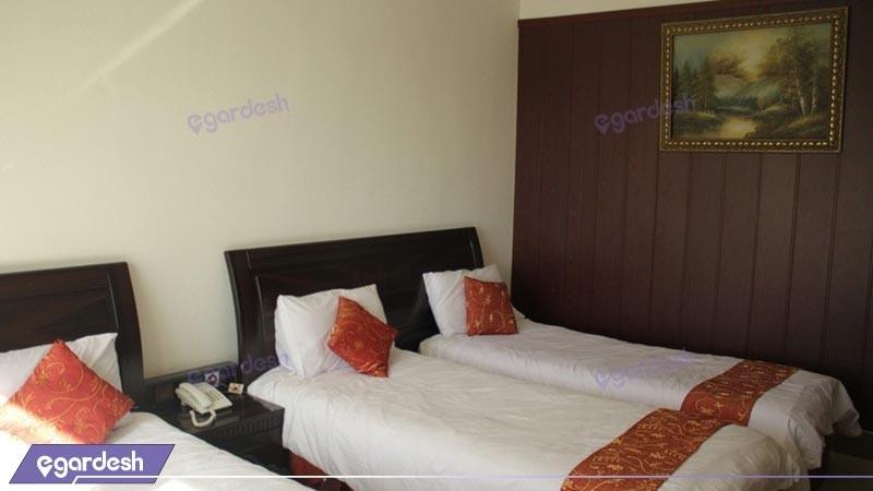 اتاق سه تخته هتل لوتوس