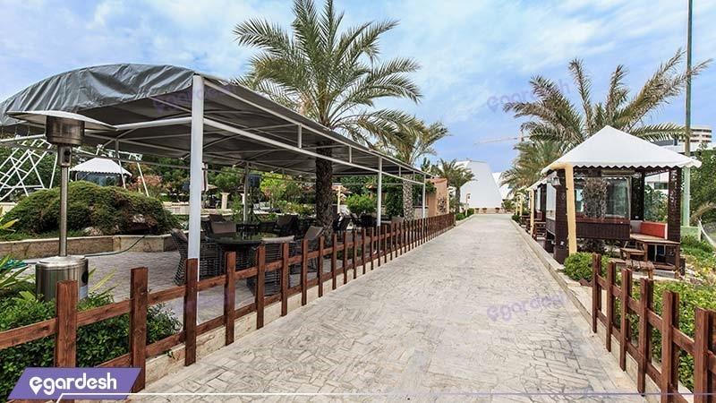 محوطه نشیمن فضای باز هتل شایگان
