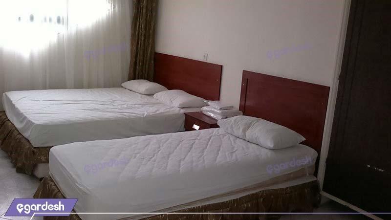 اتاق سه تخته هتل تماشا