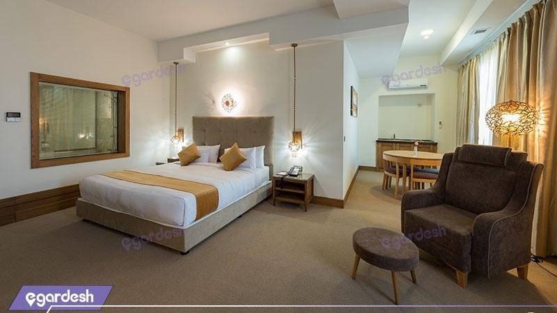 سوئین رویال هتل ویدا