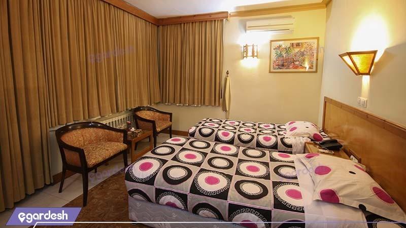 اتاق دو تخته هتل جهانگردی لاهیجان