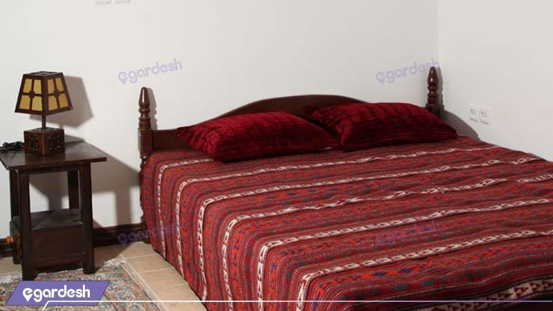 اتاق دبل هتل باغ سنتی متولی باشی