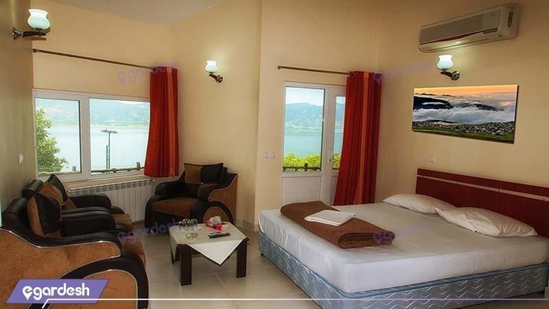 اتاق سه نفره هتل جهانگردی مریوان