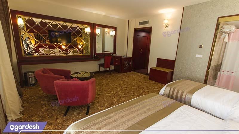سوئیت یک خوابه چهار نفره هتل الماس مشهد