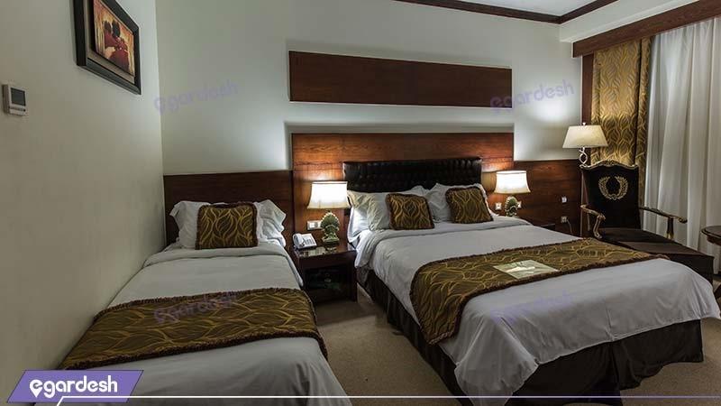 اتاق سه تخته فصل هتل مجلل درویشی