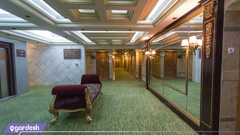راهرو هتل بین المللی قصر