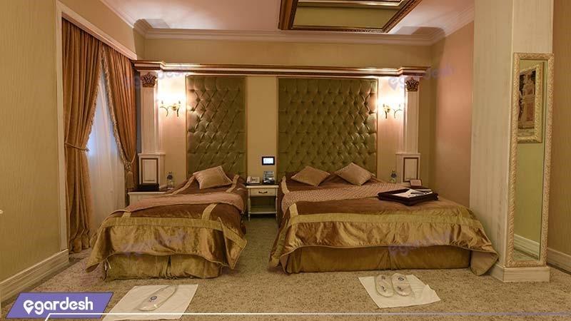 اتاق سه نفره هتل بین المللی قصر
