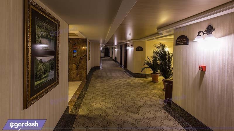 راهرو هتل بین المللی قصر طلایی