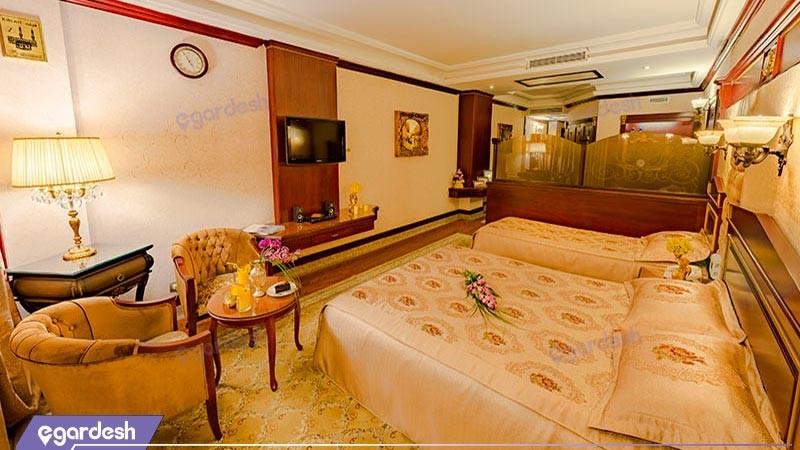 سوئیت جونیور هتل بین المللی قصر طلایی