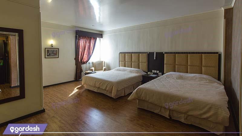 اتاق چهار نفره هتل ایران مشهد