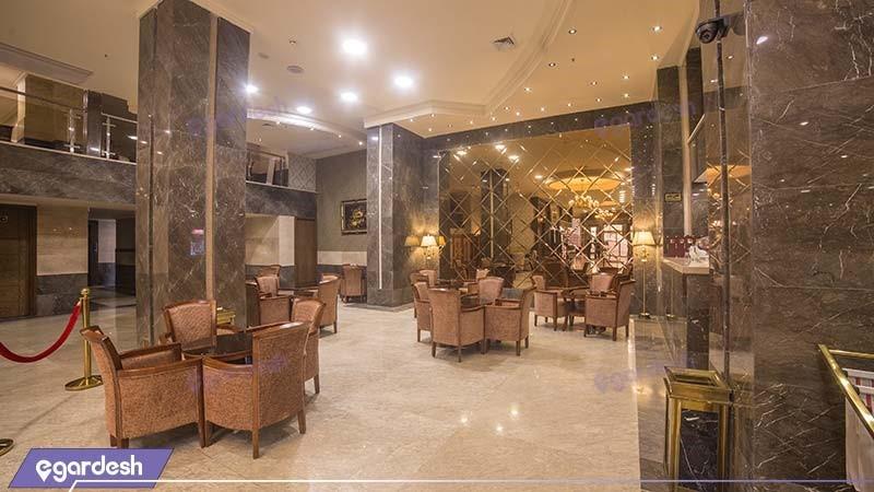 لابی هتل ایران زمین
