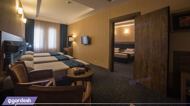 سوئیت معمولی پنج نفره هتل ایران زمین