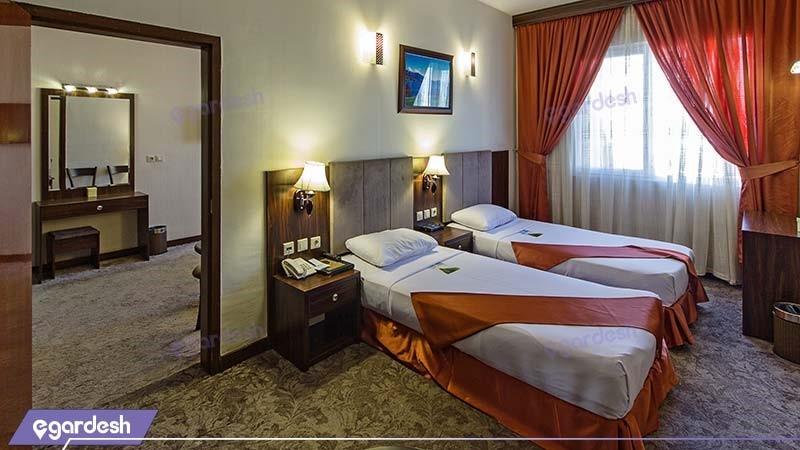 اتاق چهار نفره هتل کیانا