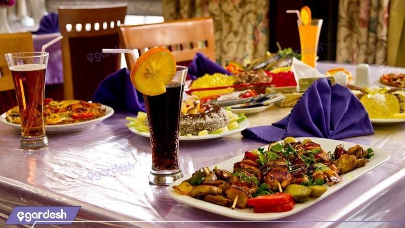 میز ناهار خوری  رستوران هتل مشهد