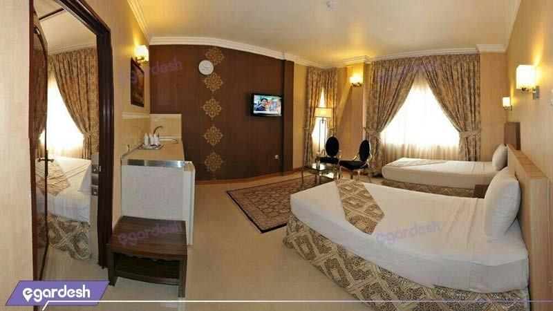 اتاق دو نفره هتل منجی