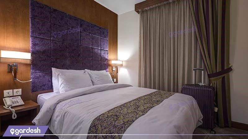 آپارتمان یک خوابه دونفره هتل نگین پاسارگاد
