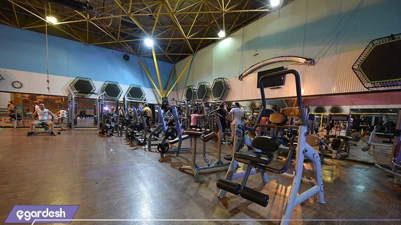 باشگاه بدنسازی هتل پارس مشهد