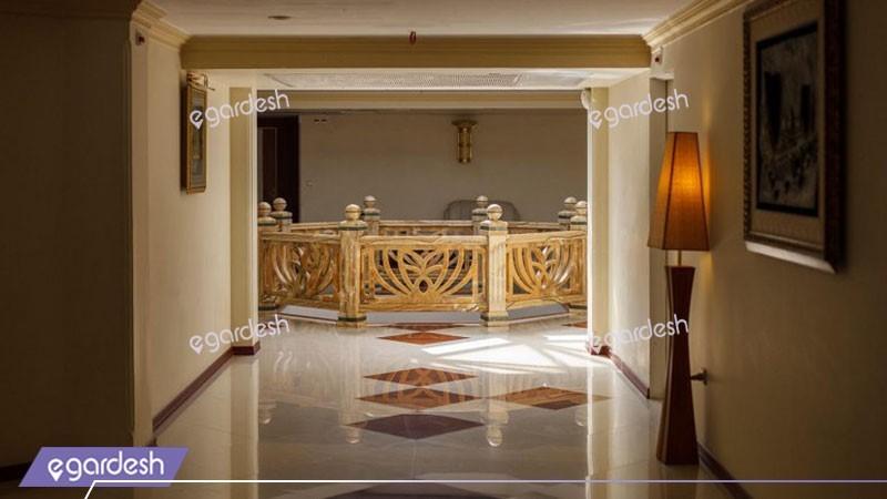 راهرو هتل قصرالضیافه