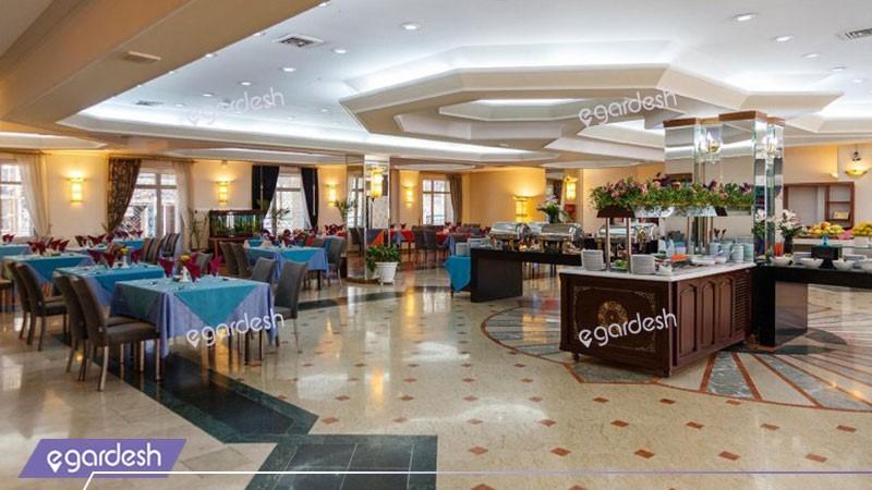 رستوران هتل قصرالضیافه