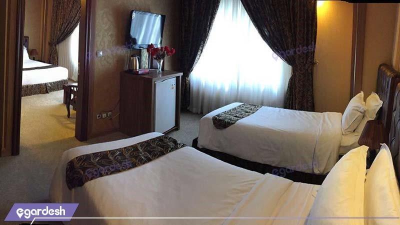 اتاق کانکت چهار نفره هتل شارستان