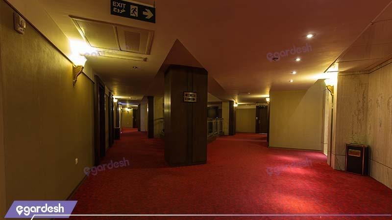 راهرو هتل سی نور