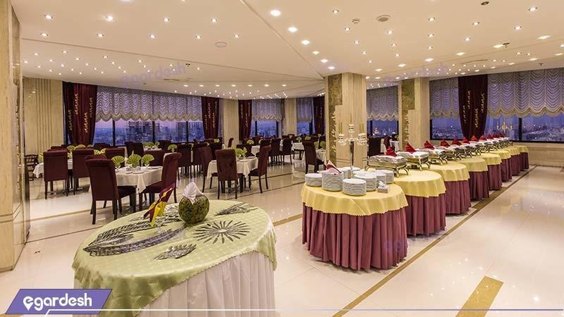 رستوران هتل سی نور