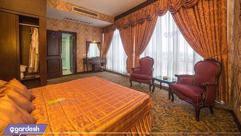 آپارتمان اشراف هتل توس