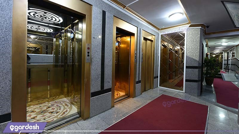 آسانسور هتل آپارتمان زمرد