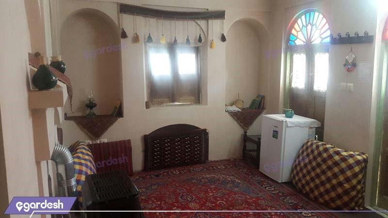 اتاق ایوان اقامتگاه سنتی خانه توسلیان