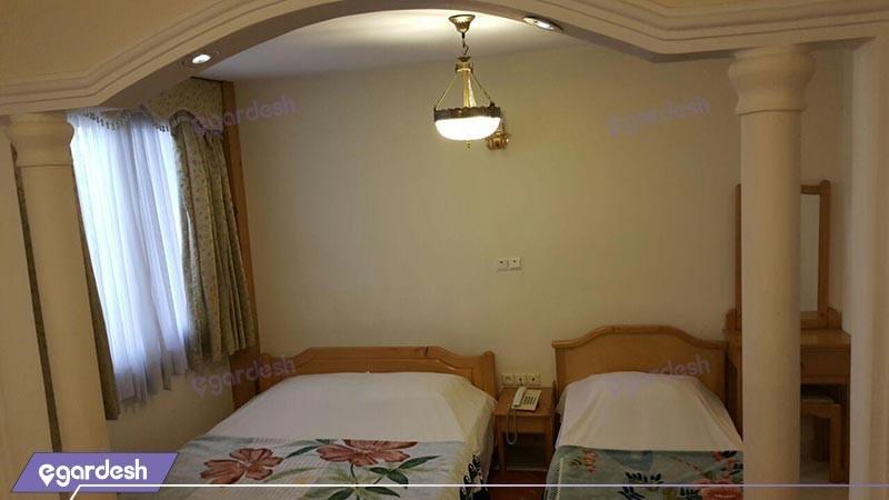 اتاق سه تخته هتل آپادانا