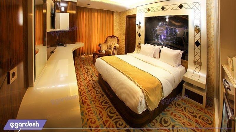 اتاق فیستا هتل آریا
