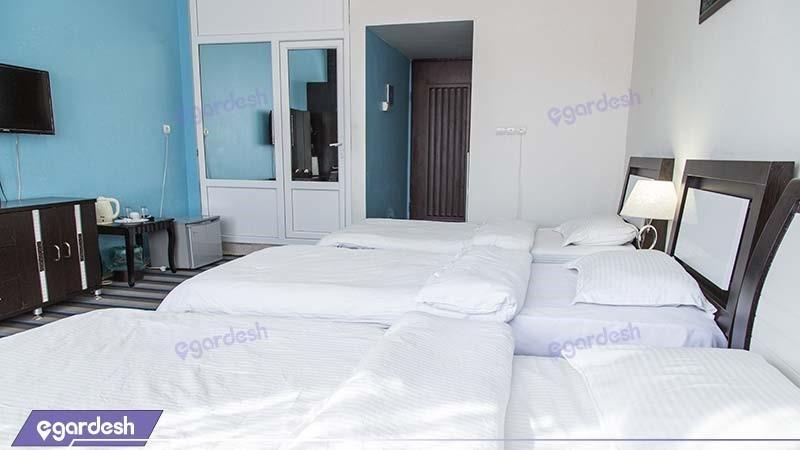 اتاق سه تخته هتل مارینا 1