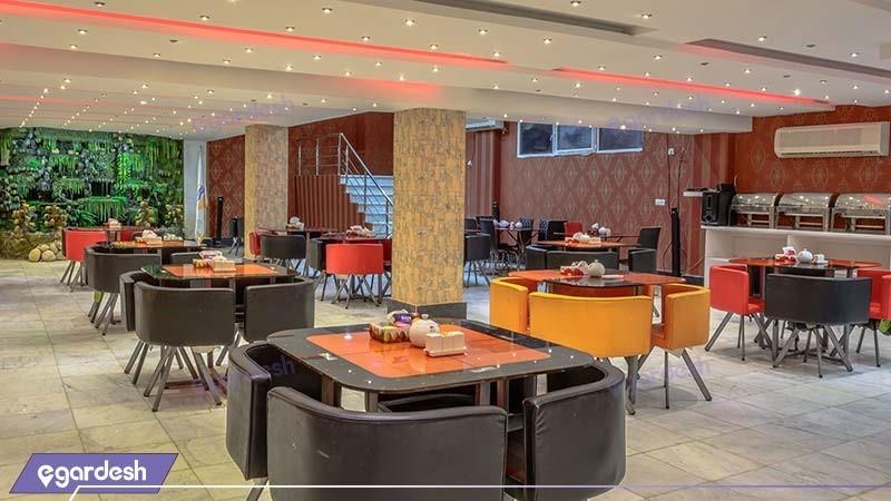 سالن صبحانه خوری هتل مارینا 2
