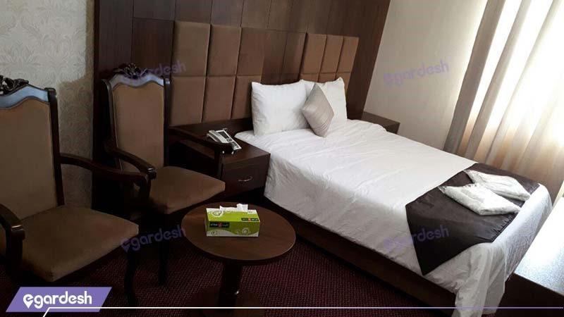 اتاق دبل هتل الوند2