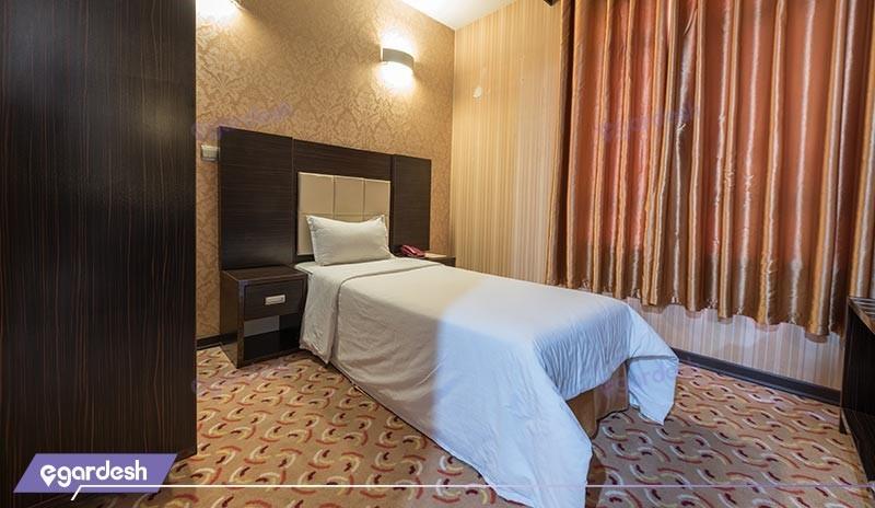 اتاق یک تخته هتل کریمه