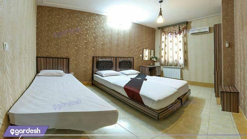 اتاق سه تخته هتل آپارتمان نیاوران
