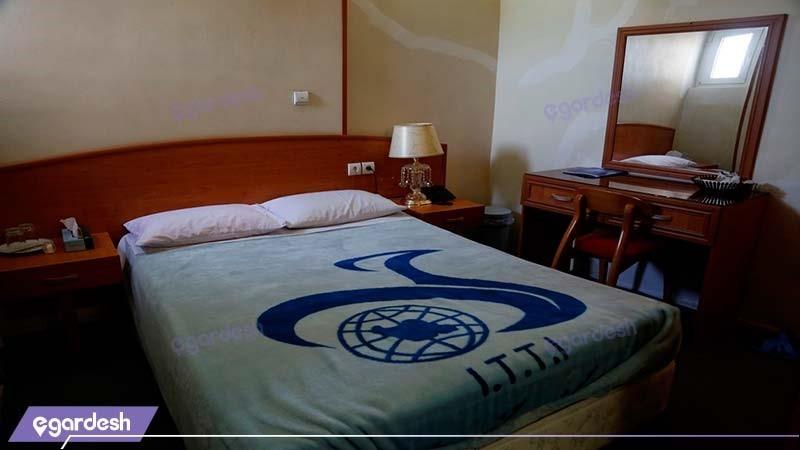 اتاق دبل مهمانسرای جهانگردی رفسنجان