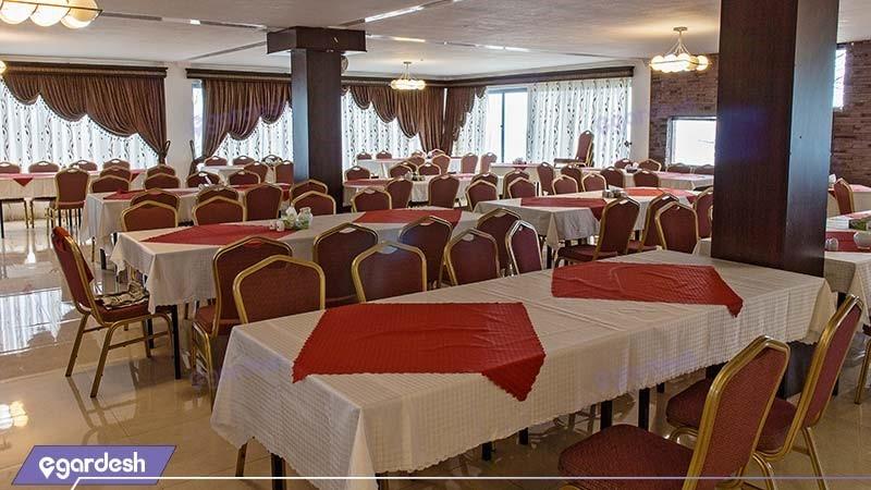 رستوران هتل بام سبز