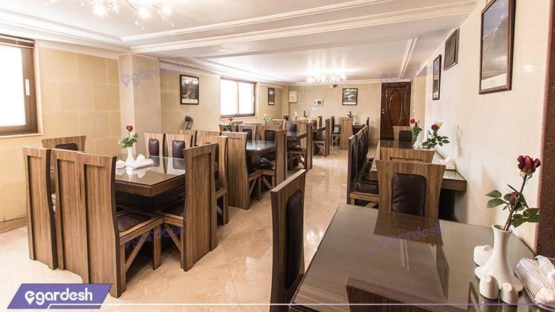 رستوران هتل آپارتمان لیان
