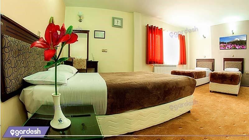 سوئیت یک خوابه چهار نفره هتل جهانگردی سنندج
