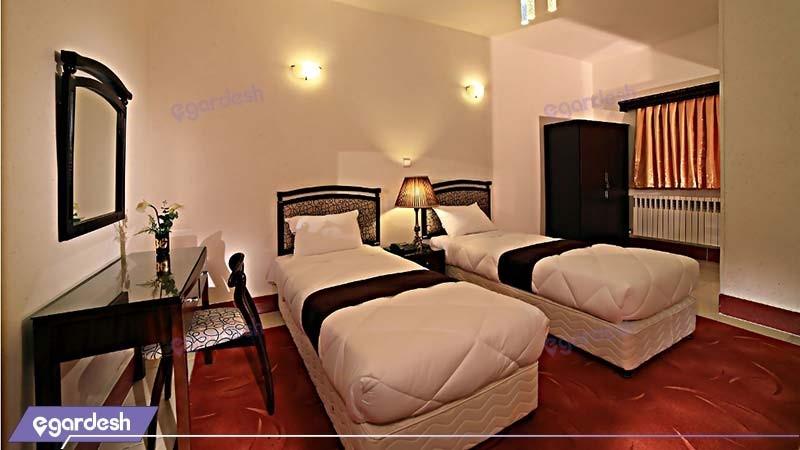 اتاق دو نفره هتل جهانگردی سنندج