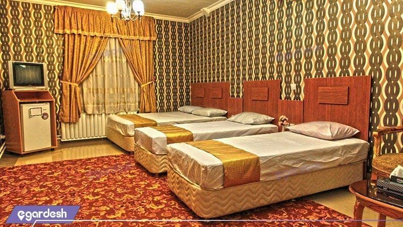 اتاق چهار تخته هتل بوستان