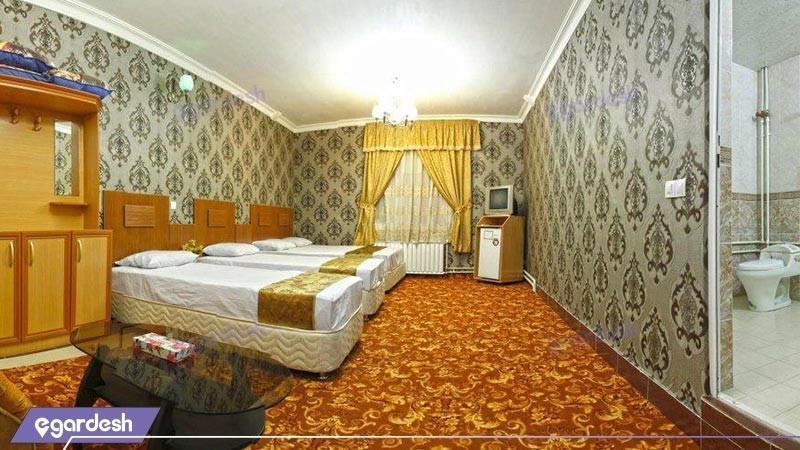 سوئیت چهار تخته هتل بوستان